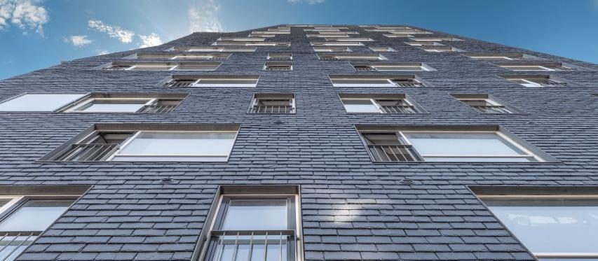 fachada ventilada en pizarra