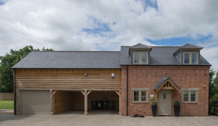 slate roofing house in caldecote uk