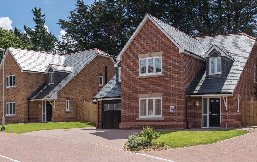 uk housing with cupa spanish roofing slates