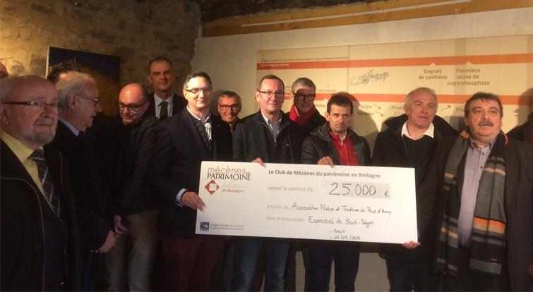 Club de Mécènes du patrimoine en Bretagne  - 25.000 ¤ pour la restauration des chaumières du musée de Saint-Dégan