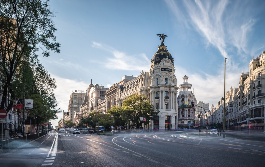 metropolis building - madrid