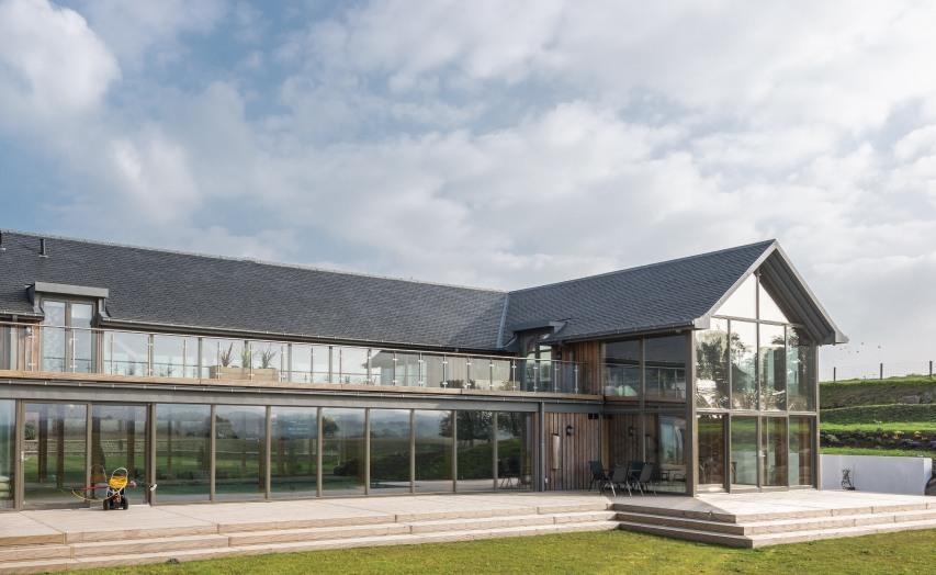 natural slate roofing on balwise Mansion uk