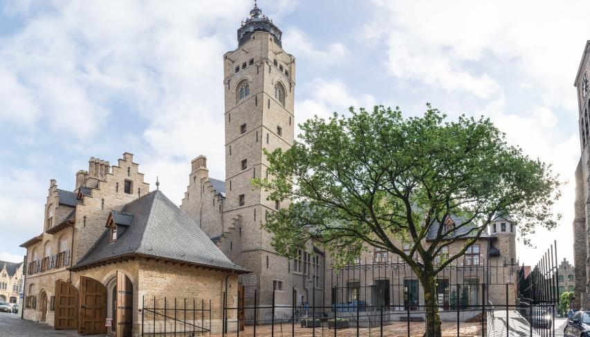 renovation couverture hotel ville de dixmude belgique