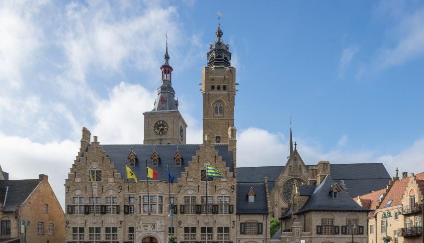 renovation toiture hotel ville de dixmude belgique