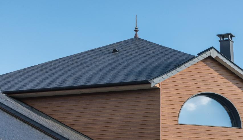maison a Mulay (france) toiture ardoise