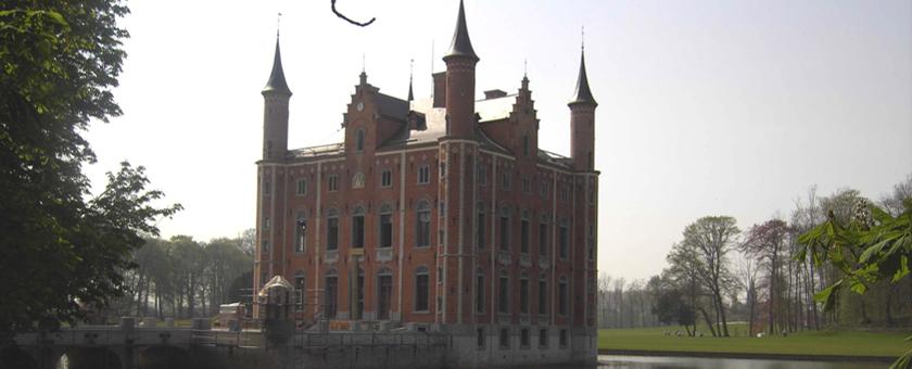 Château d'Olsene avec ardoise CUPAPIZARRAS