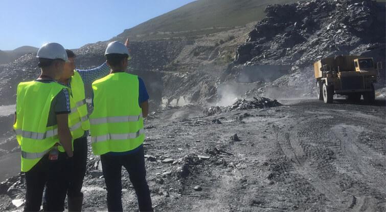 visit slate quarry spain