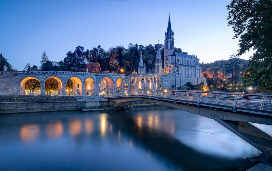 lourdes cathedral