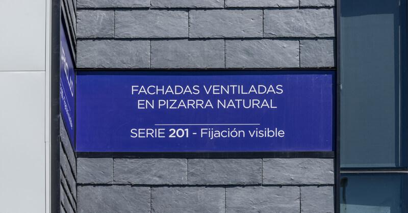 fachada ventilada de pizarra natural con estructura metálica