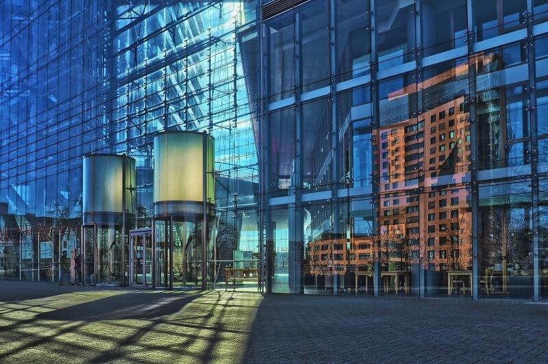 fachada ligera de cristal
