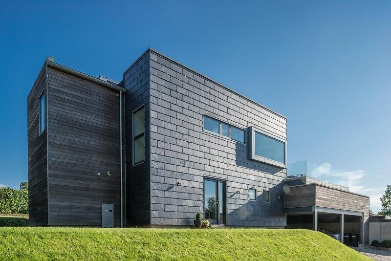 vivienda unifamiliar con fachada ventilada