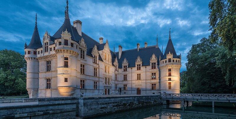 château of Azay-le-Rideau france