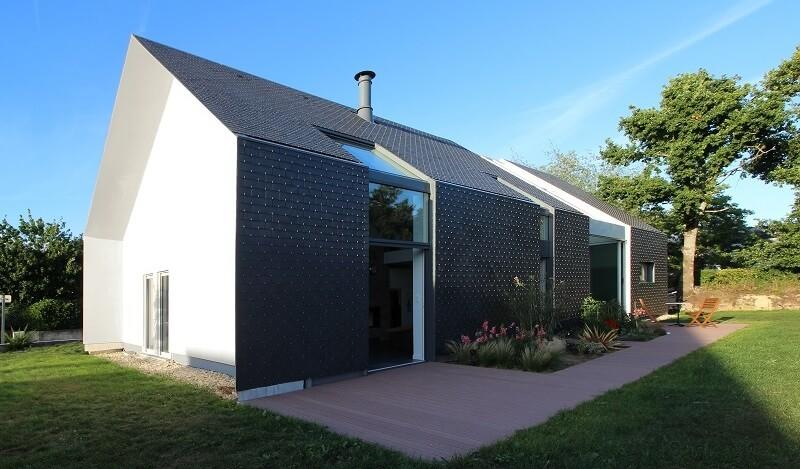 Het zadeldak in de moderne architectuur