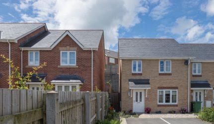 housing_estate_bangor_uk