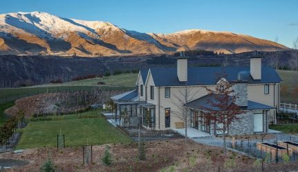 House in Queenstown New Zealand.jpg